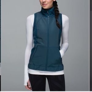 Lululemon Let's Get Visible Vest Alberta Lake Blue